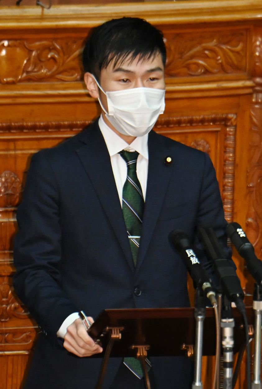 http://www.inoue-satoshi.com/diary/%E5%B1%B1%E6%B7%BB.jpg