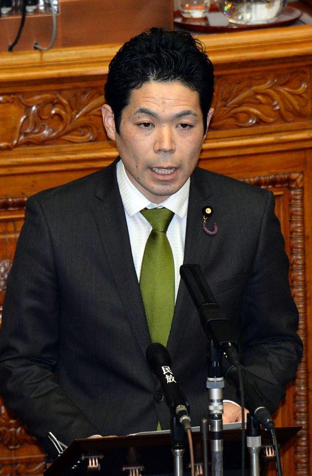 http://www.inoue-satoshi.com/diary/%E6%AD%A6%E7%94%B0%E8%A8%8E%E8%AB%96.jpg