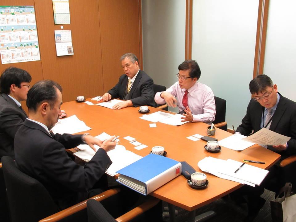 http://www.inoue-satoshi.com/diary/%E9%B3%A5%E3%82%A4%E3%83%B3%E3%83%95%E3%83%AB.jpg