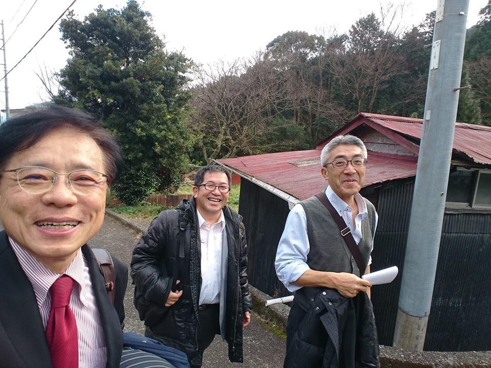 http://www.inoue-satoshi.com/diary/28%E5%85%9A%E5%A4%A7%E4%BC%9A%E3%83%BB%E4%B8%89%E9%87%8D.jpg