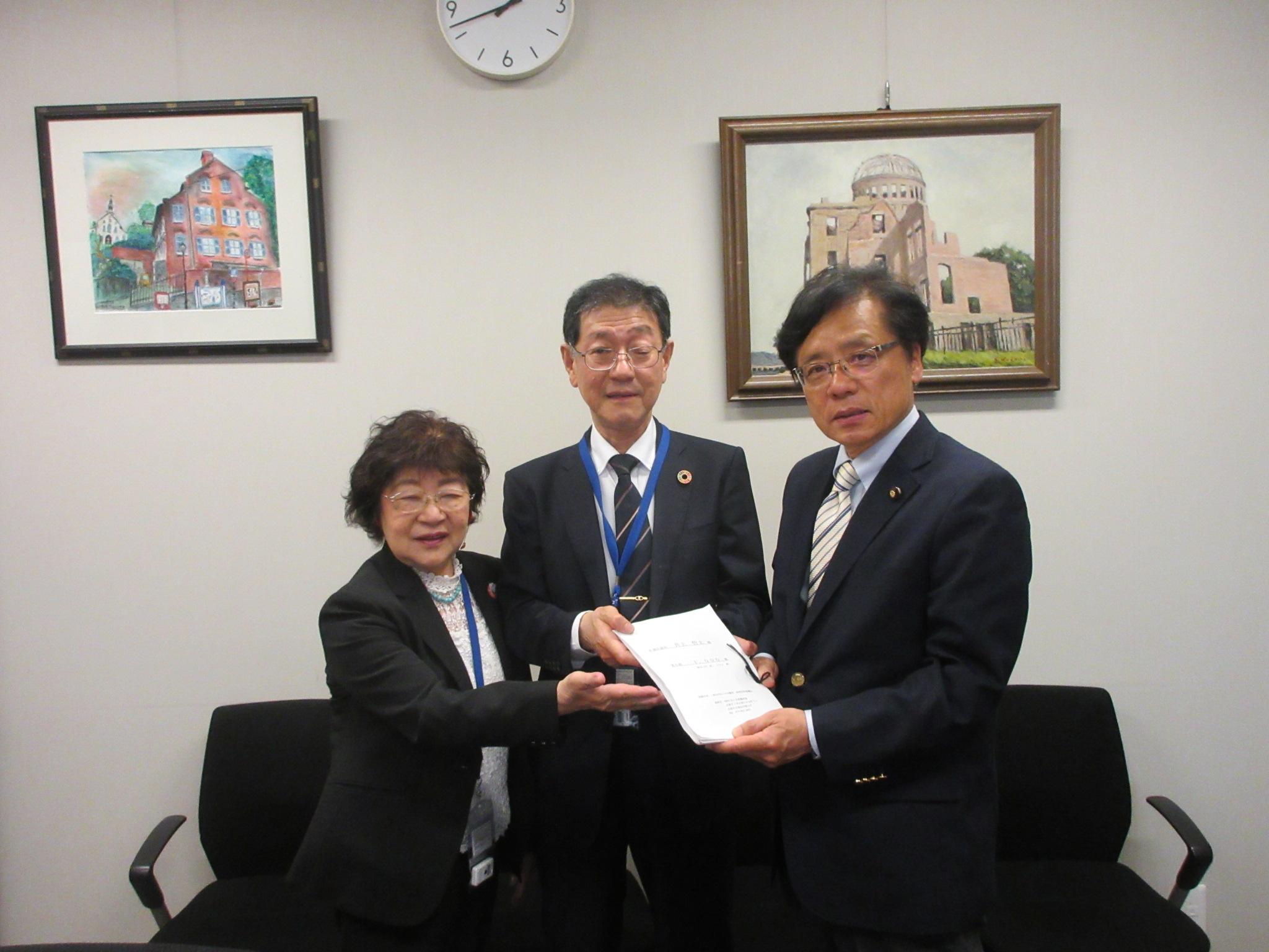 http://www.inoue-satoshi.com/diary/IMG_9512.JPG
